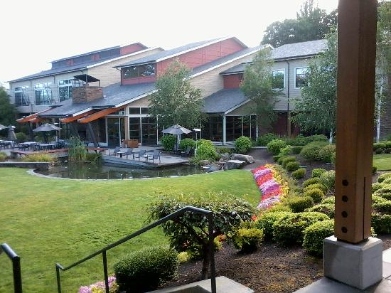 SeaTac, WA: The lodge viewed from our wing