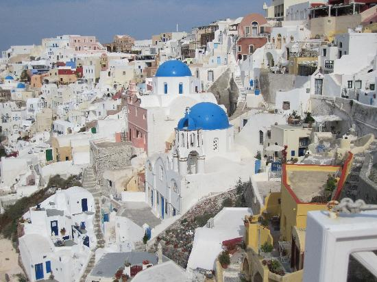 Art Maisons Luxury Santorini Hotels Aspaki & Oia Castle: View from deck, this is picture on many postcards