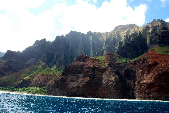 Kauai Cove Cottages: Napali Coast tour with Capt Andys