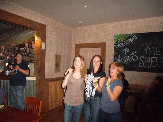 Morags Lodge: Karaoke