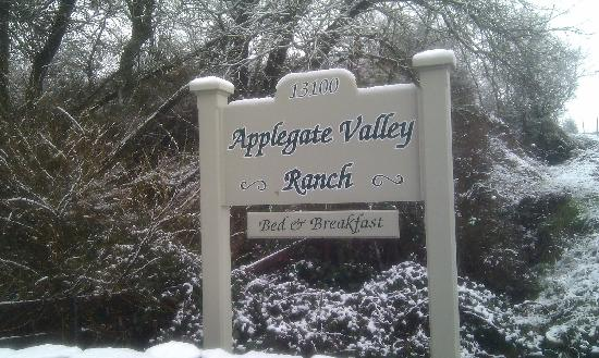 Applegate Valley Inn & Ranch: Entry way