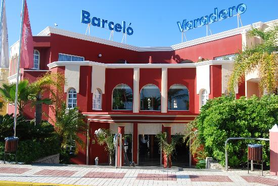Barcelo Varadero: Hotel Entrance