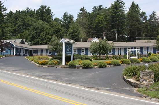 Blowing Rock Inn and Villas : Property Photo