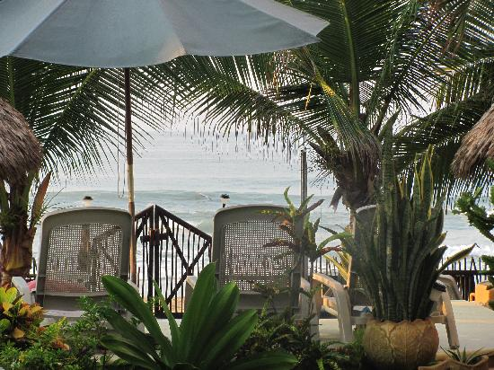 Los Suenos: Beach front