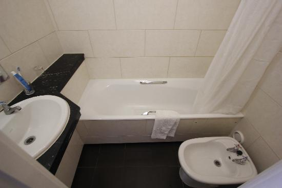 Bathroom Picture Of Imperial Hotel London Tripadvisor