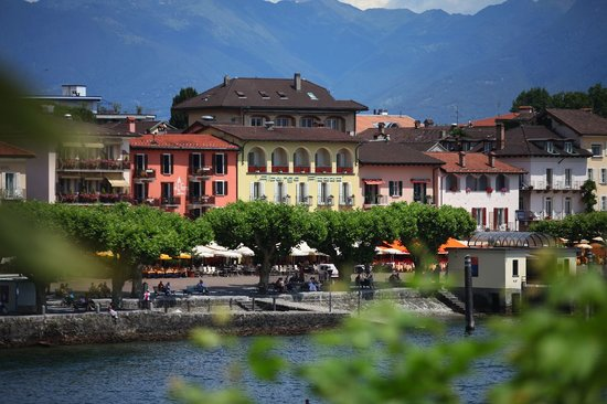 Piazza Ascona, Hotel & Restaurants