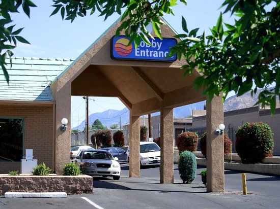 Photo of Comfort Inn East Albuquerque