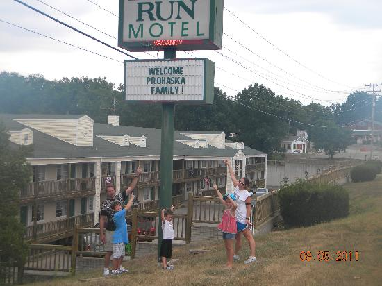 Deer Run Motel: The Deer Run Rocks