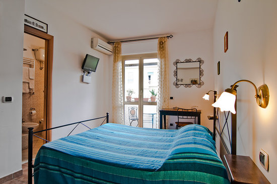 Photo of Acquedotti Antichi Bed and Breakfast Rome