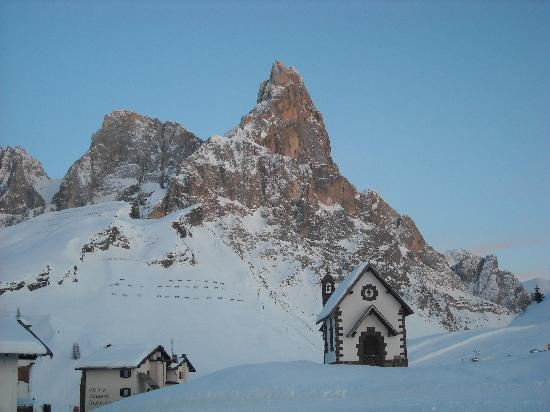 Passo Rolle, Italy: Vista dalla finestra della camera