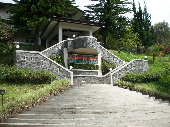 Lembang Asri: The stairs to get to the restaurant