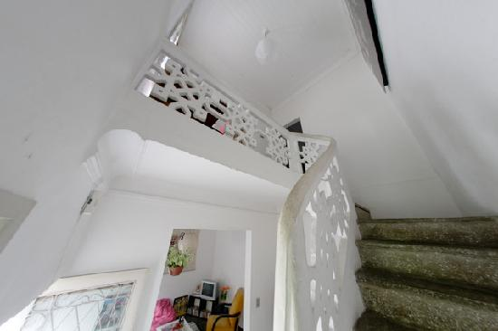 Santa Teresa Guesthouse: Stairs