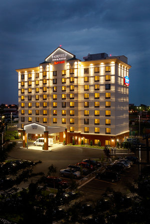 Photo of Fairfield Inn &amp; Suites Montreal Airport