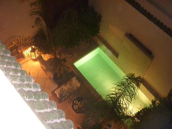 Riad Kheirredine: la piscina