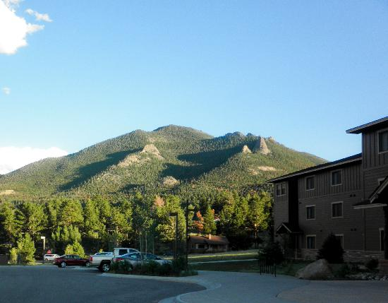 Emerald Lodge Amp Nearby Mountain Picture Of Ymca Of The