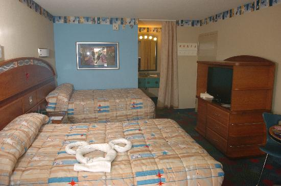 Chambre picture of disney 39 s all star music resort for Chambre hotel disney