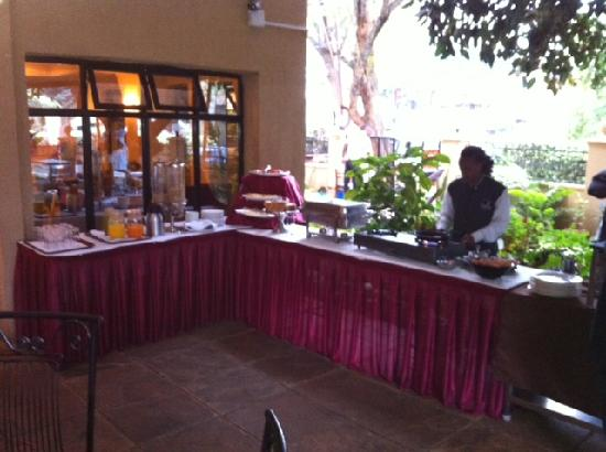 PrideInn Hotel & Conferencing Westlands: PrideInn breakfast buffet