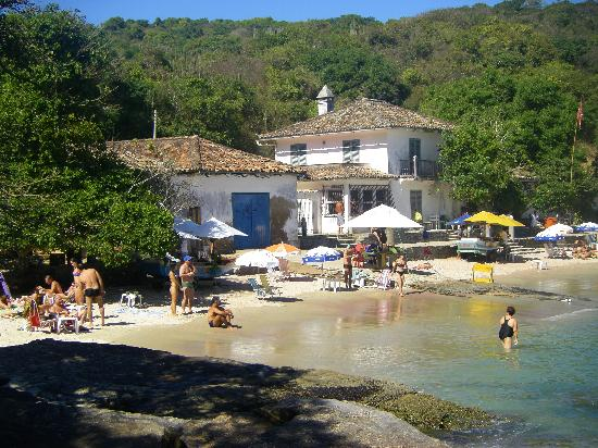 Hotel El Cazar: small beach in Buzios