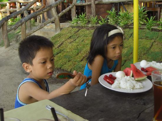 "Dumaluan Beach Resort: Only ""local"" breakfast included and not told."