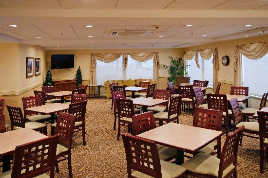 BEST WESTERN Chicagoland - Countryside: Lobby and Breakfast area