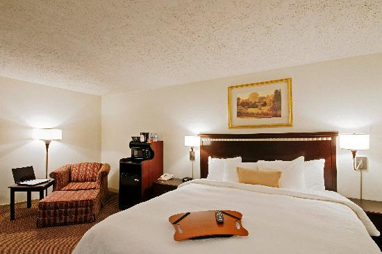 BEST WESTERN Chicagoland - Countryside: King Size Bed