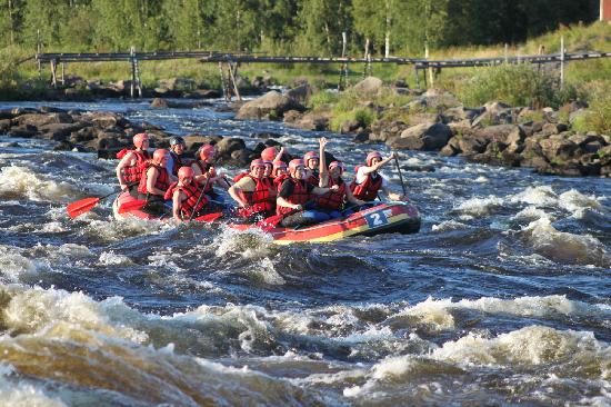 Haparanda, Schweden: Rafting in Kukkolaforsen