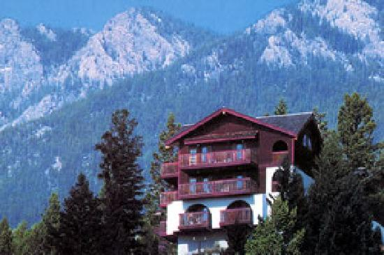 Chalet Europe Hotel - Radium Hot Springs: Chalet on Hill
