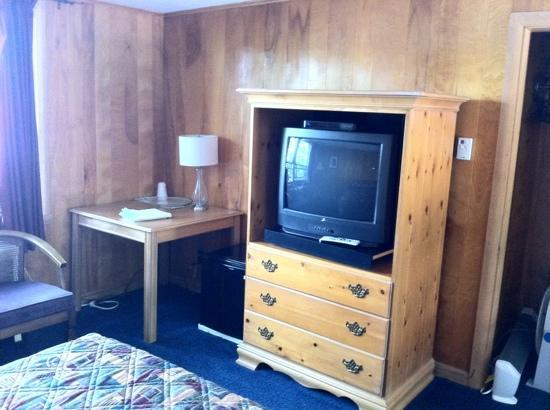 Sunset Motor Inn : room