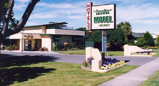 ‪Commodore Court Motel‬