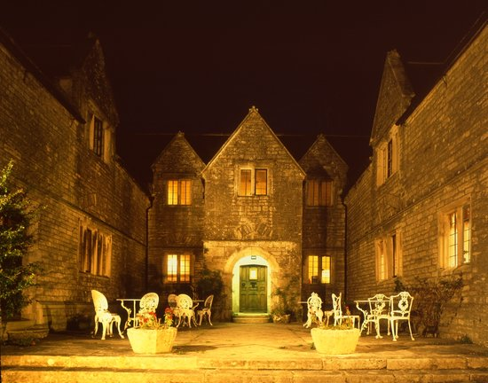 Photo of Mortons House Hotel Corfe Castle