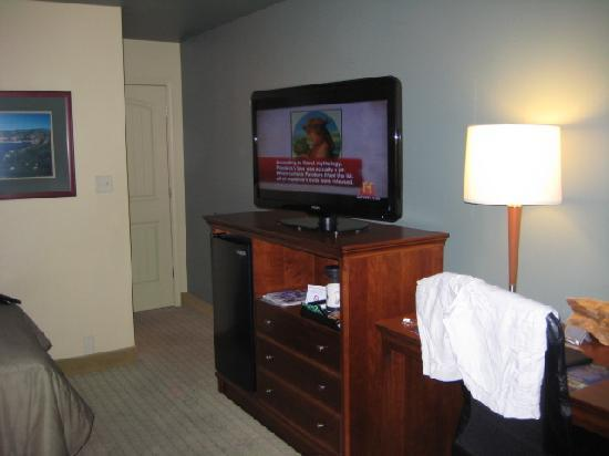 BEST WESTERN PLUS ClockTower Inn: Flat Screen TV