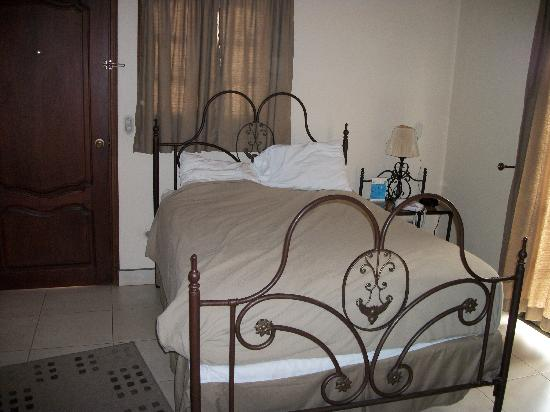 Hotel Internacional Managua: A comfortable bed