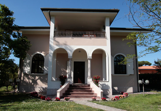 Photo of La Coralia bed & breakfast Cinquale