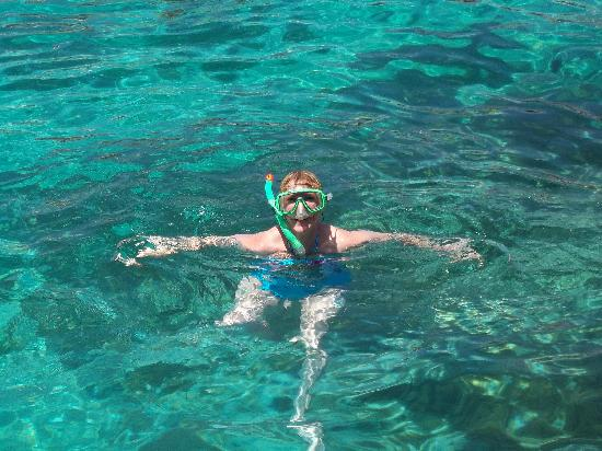 Luna Holiday Complex: Snorkelling at the Blue Lagoon