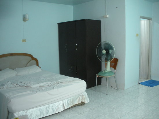 Photo of Cheap Rooms Guesthouse Patong