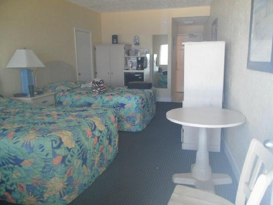 Hotel at the Boardwalk Beach Resort: the room