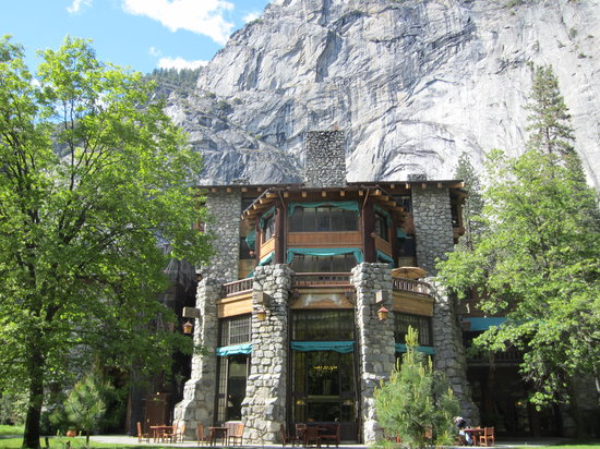 The Ahwahnee: hotel