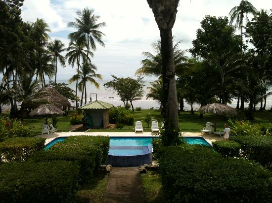 Overall view picture of hooked on panama fishing lodge for Panama fishing lodge