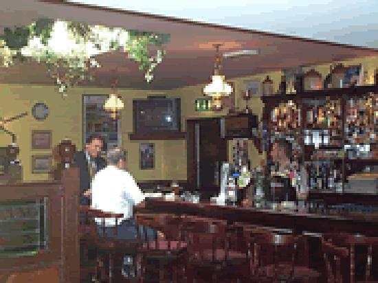 Mountain Inn: Bar