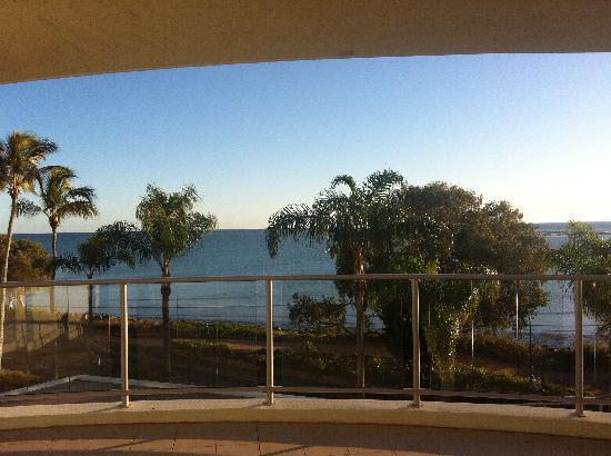 Hervey Bay Waterfront Apartments: Balcony