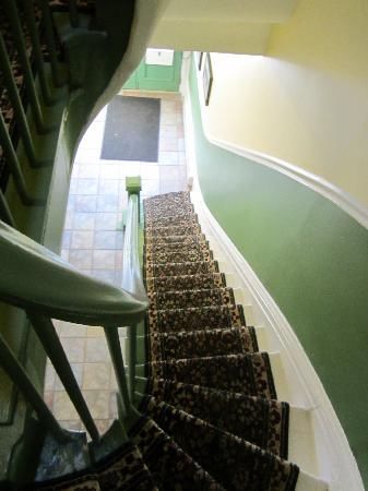 Caj Guest House Worcester Street: The stairs are very steep!