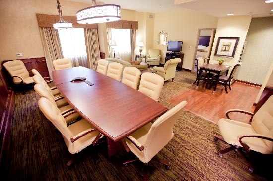 Homewood Suites by Hilton Lafayette: Presidential Suite