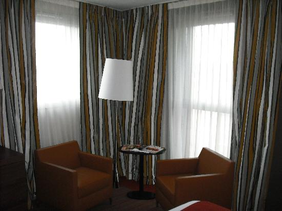 Holiday Inn Mulhouse: Lounge area