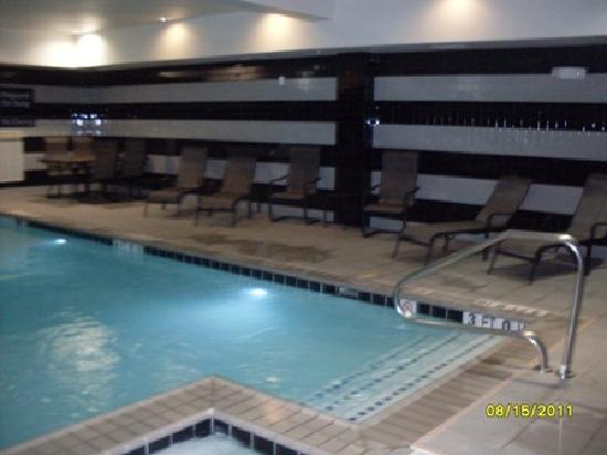 Hampton Inn &amp; Suites San Antonio / Northeast I35: indoor pool