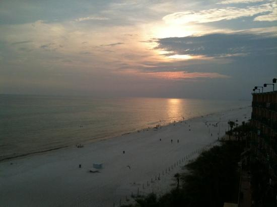 Days Inn Panama City Beach/Ocean Front: sunset