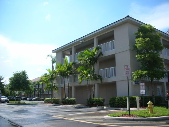 Photo of InTown Suites Fort Lauderdale Tamarac
