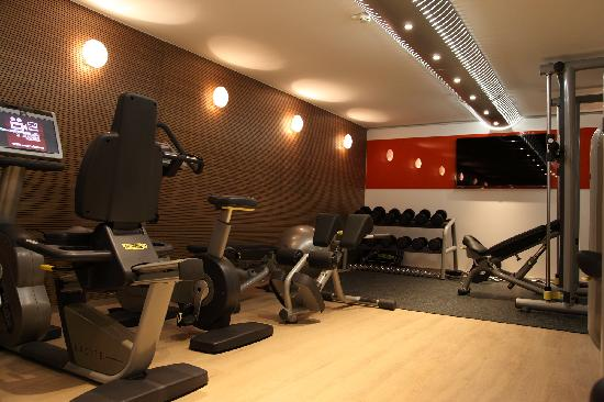 Design hotel f6 fitness studio picture of design hotel for Design hotel f6 geneva switzerland