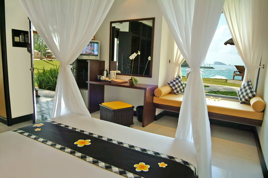 Candi Beach Cottage: Deluxe Cottage