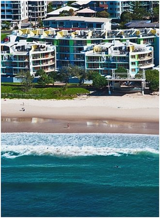 Photo of Rolling Surf Resort Caloundra