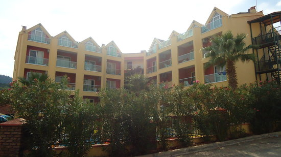 Club Palm Hotel Apartment